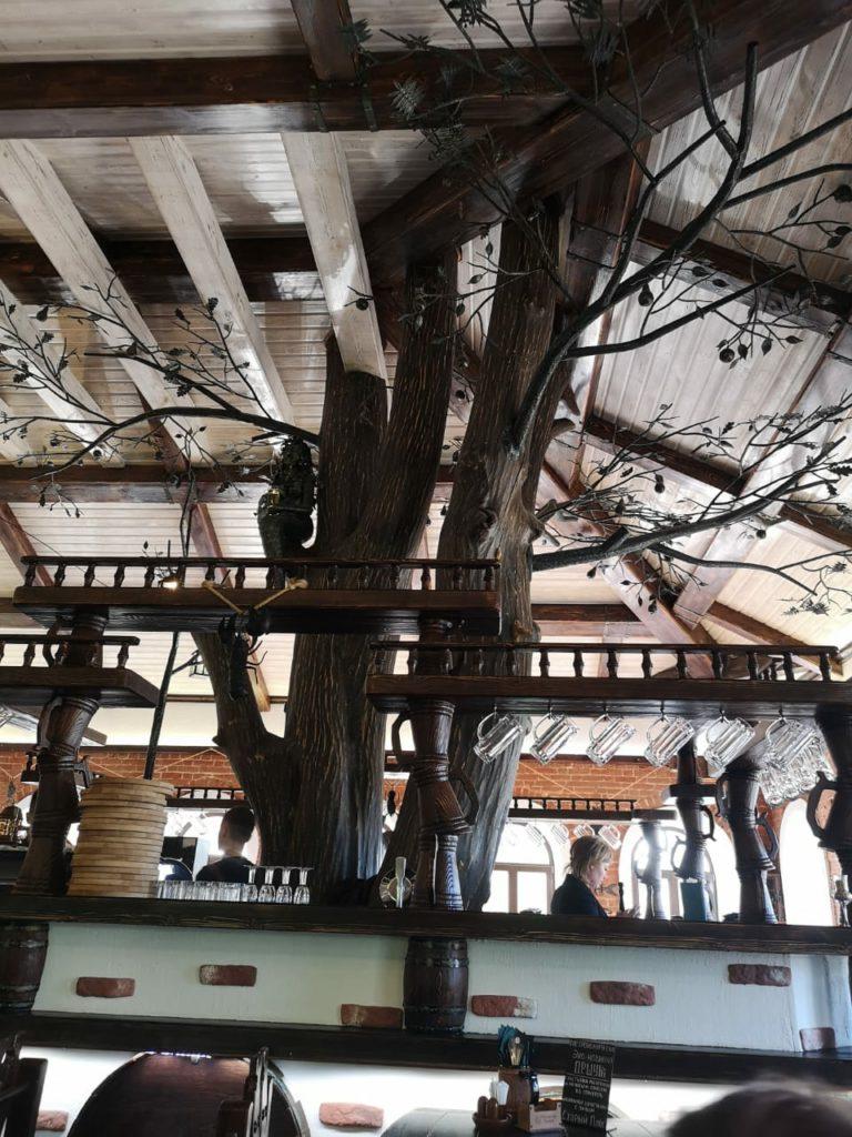 Реечный потолок в ресторане. USA Ceiling Group
